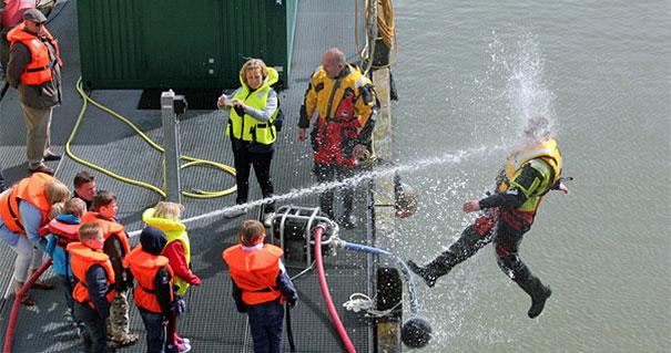 放水訓練 やらかし画像