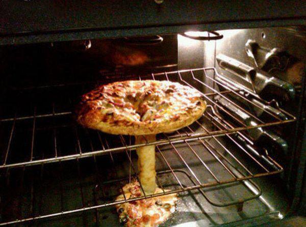 ピザがとろけてやらかした